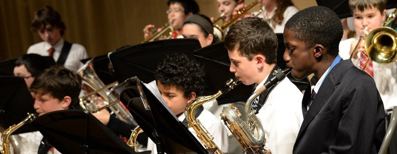 Middle School band performance